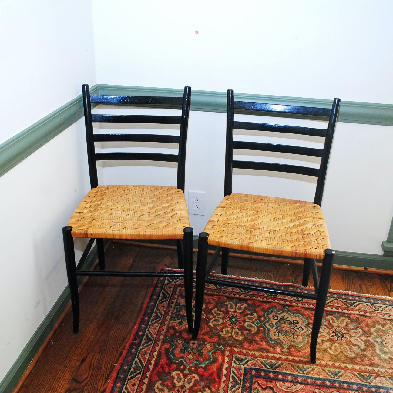 Black Ladder Back Chairs With Cane Seats ...