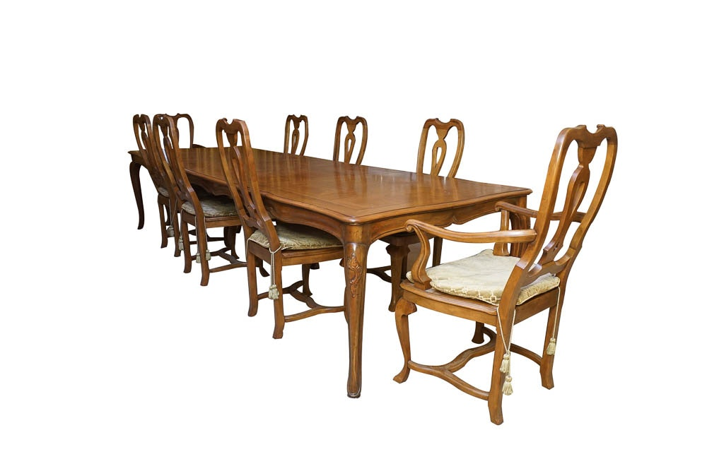 Vintage Queen Anne Style Dining Set By Baker Furniture ...