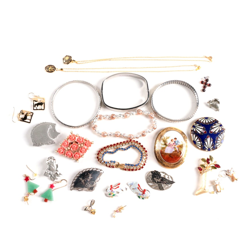 62c19d8017c Costume Jewelry Assortment of Necklaces, Bracelets, Earrings, Brooches ...