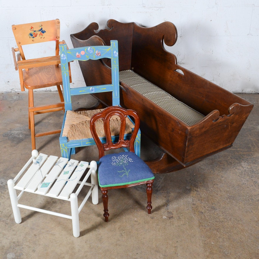 Vintage and Antique Children's Furniture ... - Vintage And Antique Children's Furniture : EBTH