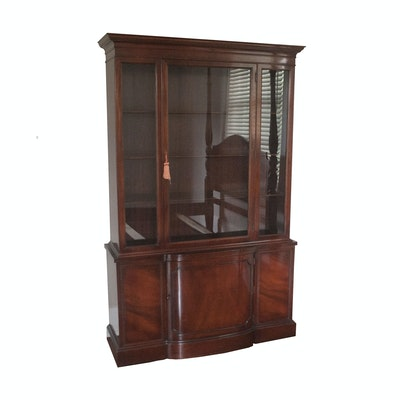 Mahogany Breakfront China Cabinet - Vintage And Antique Cabinets Auction In Sterling Silver, Antiques