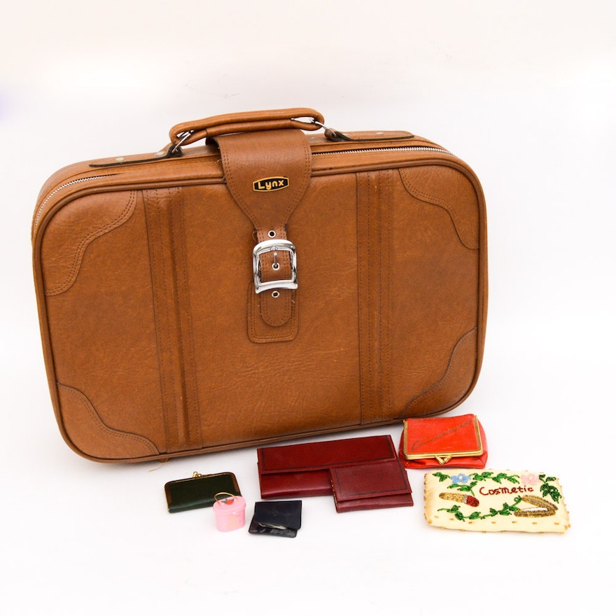f603a6a552a4 Vintage Lynx Suitcase and Travel Accessories   EBTH