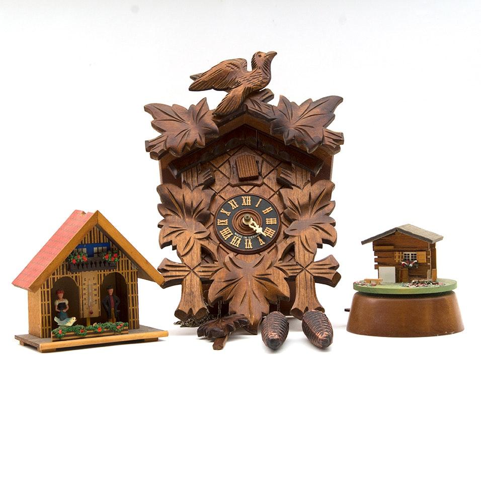 Schwarzwälder Uhren-Zentrum Cockoo Clock, Music Box and Thermometer