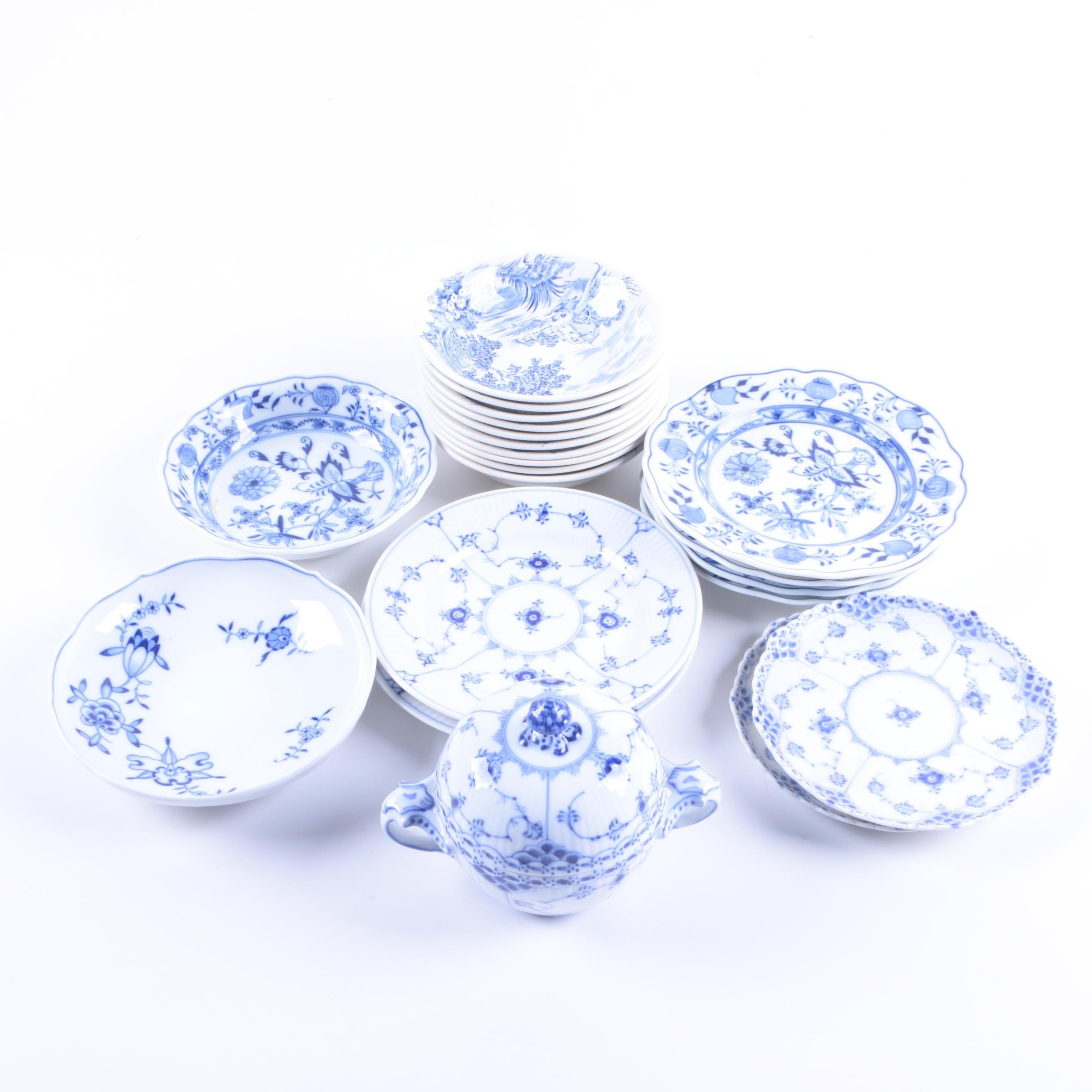 Vintage Blue Patterned Dinnerware Including Wedgwood and Meissen ...  sc 1 st  EBTH.com & Vintage Blue Patterned Dinnerware Including Wedgwood and Meissen : EBTH