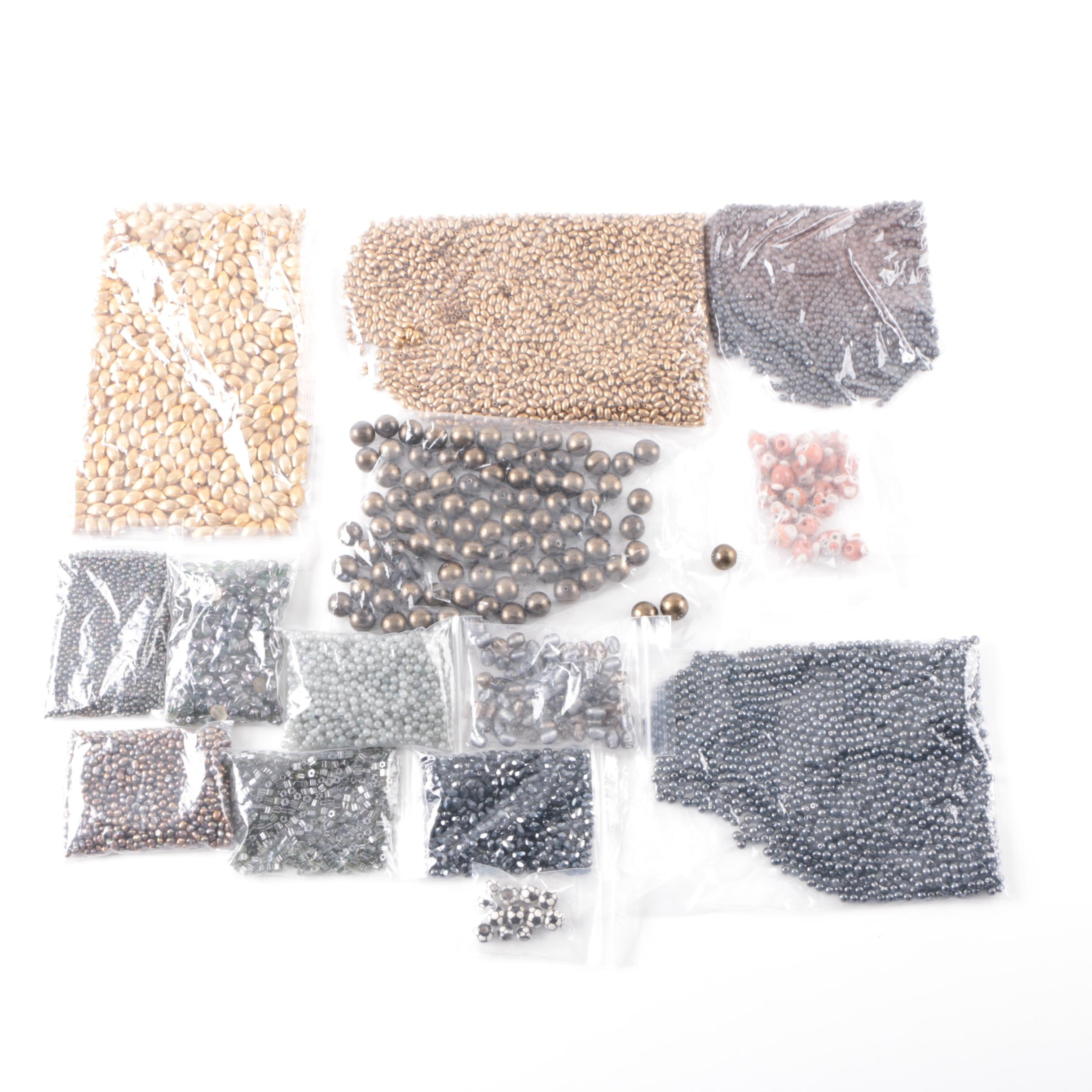 Assortment of Loose Beads