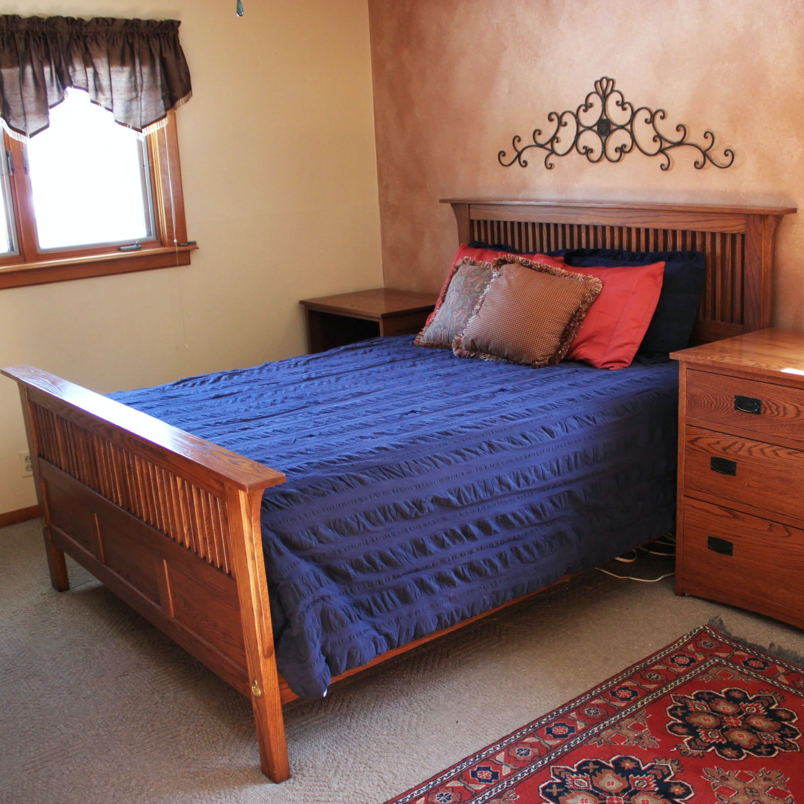 Simply Amish Mission Style Oak Queen-Size Bed Frame