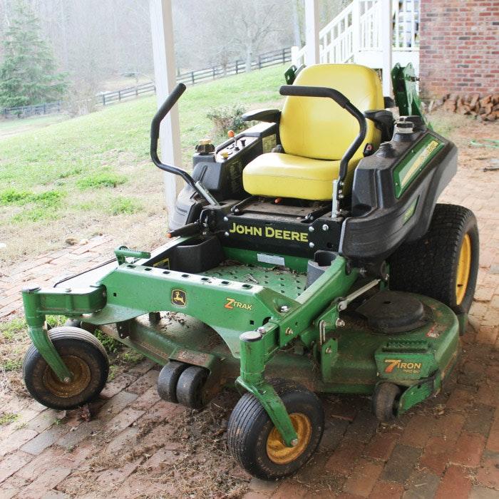 John Deere  Z Trak 7 Iron Pro 60 Riding Lawnmower