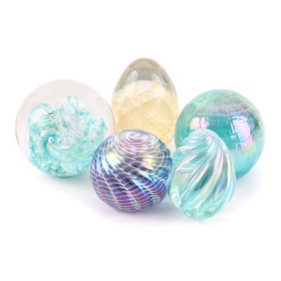 Art Glass Paperweights Featuring Eickholt