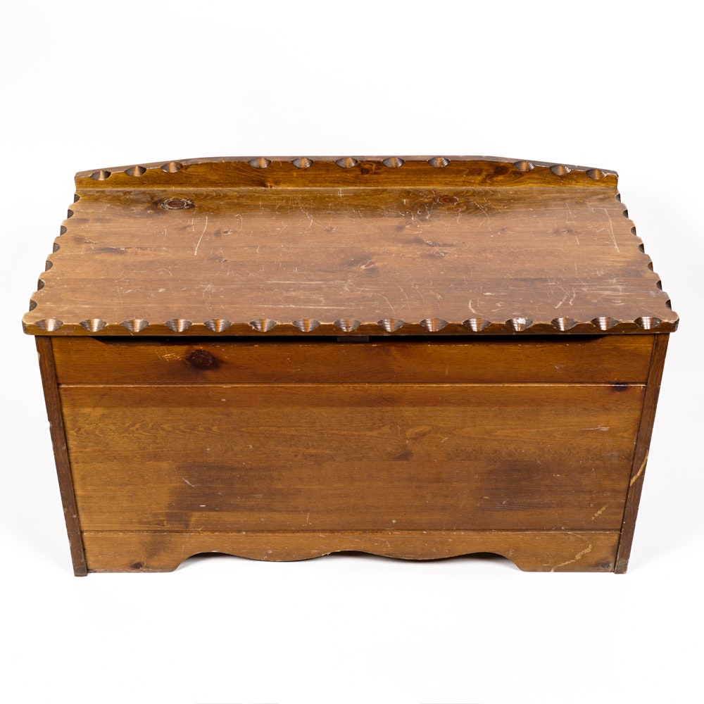 Vintage Knotty Pine Chest From Nu-Line Industries