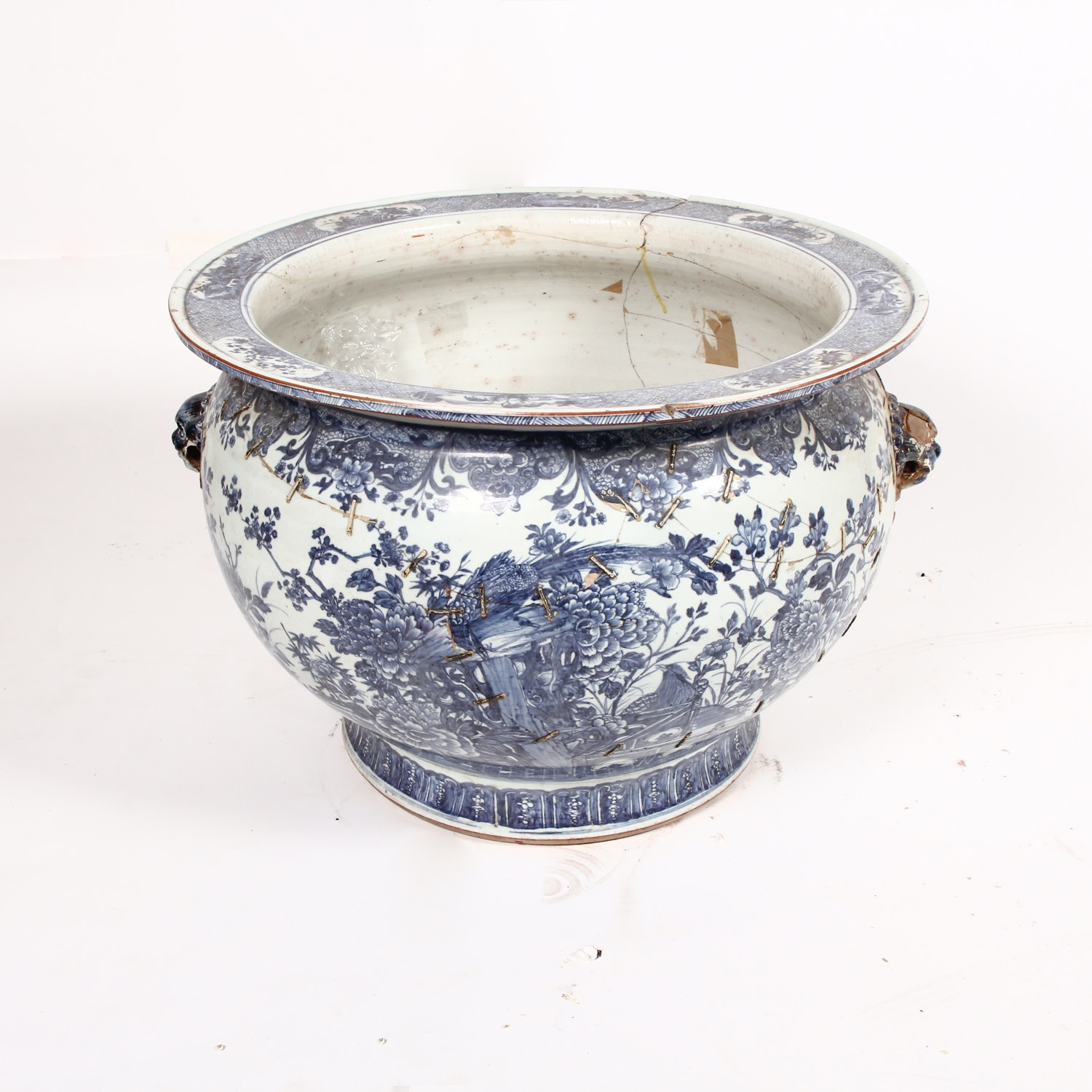 19th Century Chinese Porcelain Jardiniere