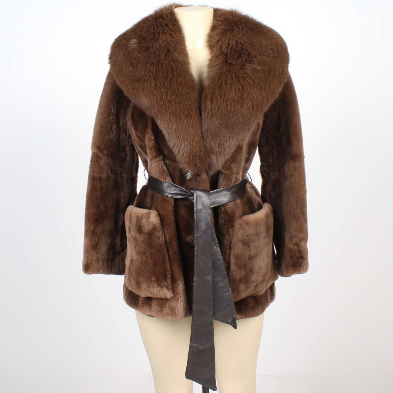 Maple Furriers Sheared Beaver Fur Stroller with Dyed Fox Fur Collar