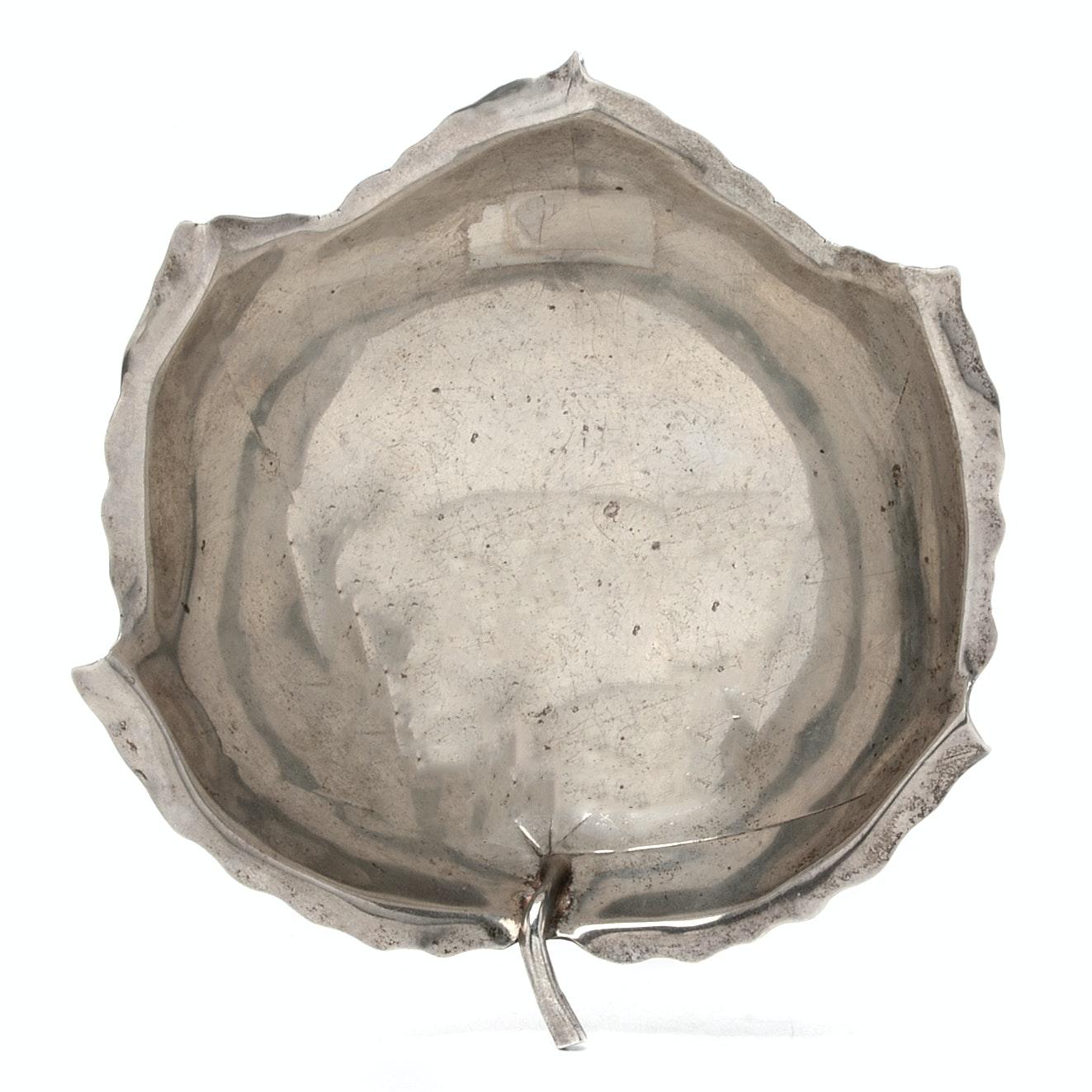 Alfredo Sciarrotta Sterling Silver Leaf-Shaped Bowl