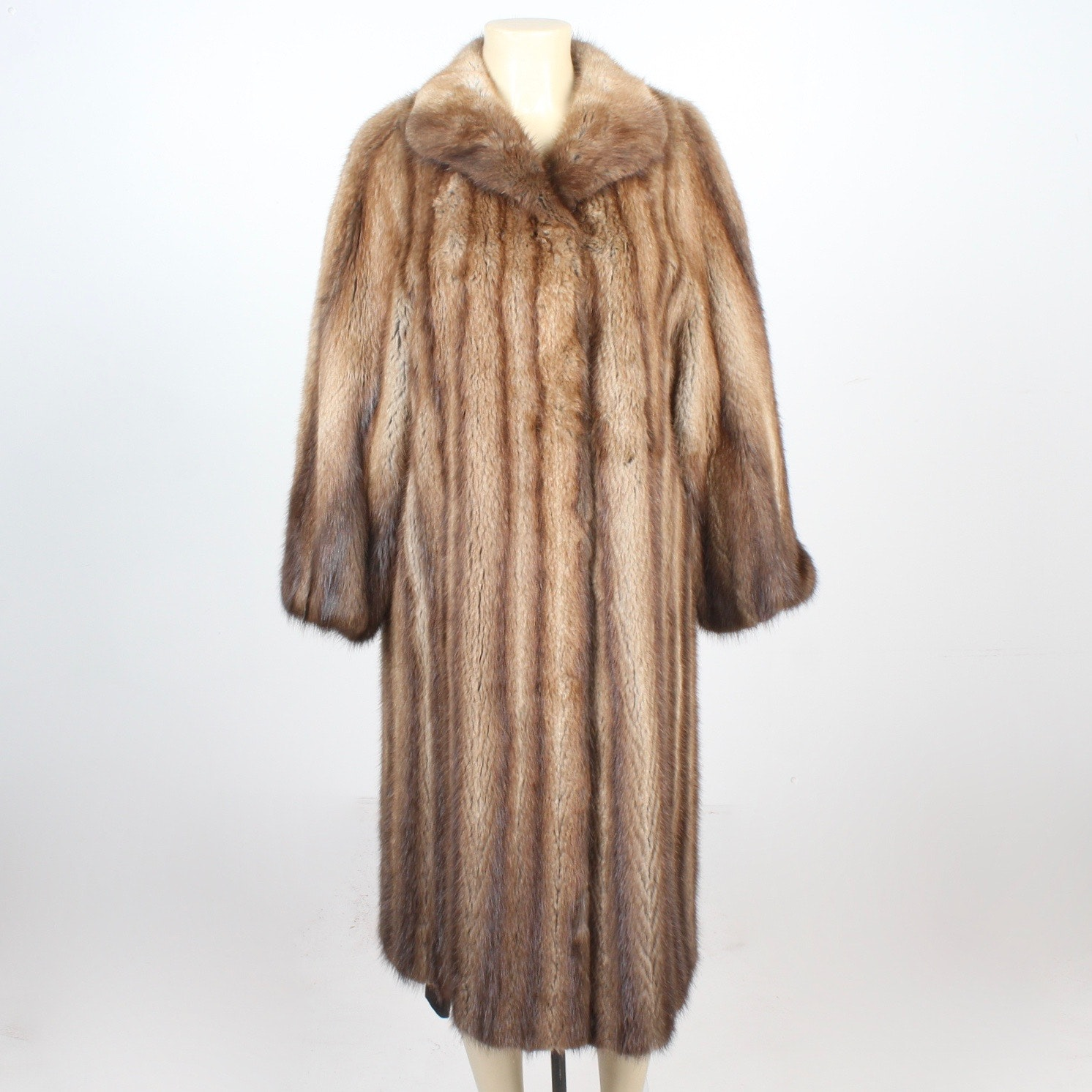 Vintage Full Skin Muskrat Fur Coat