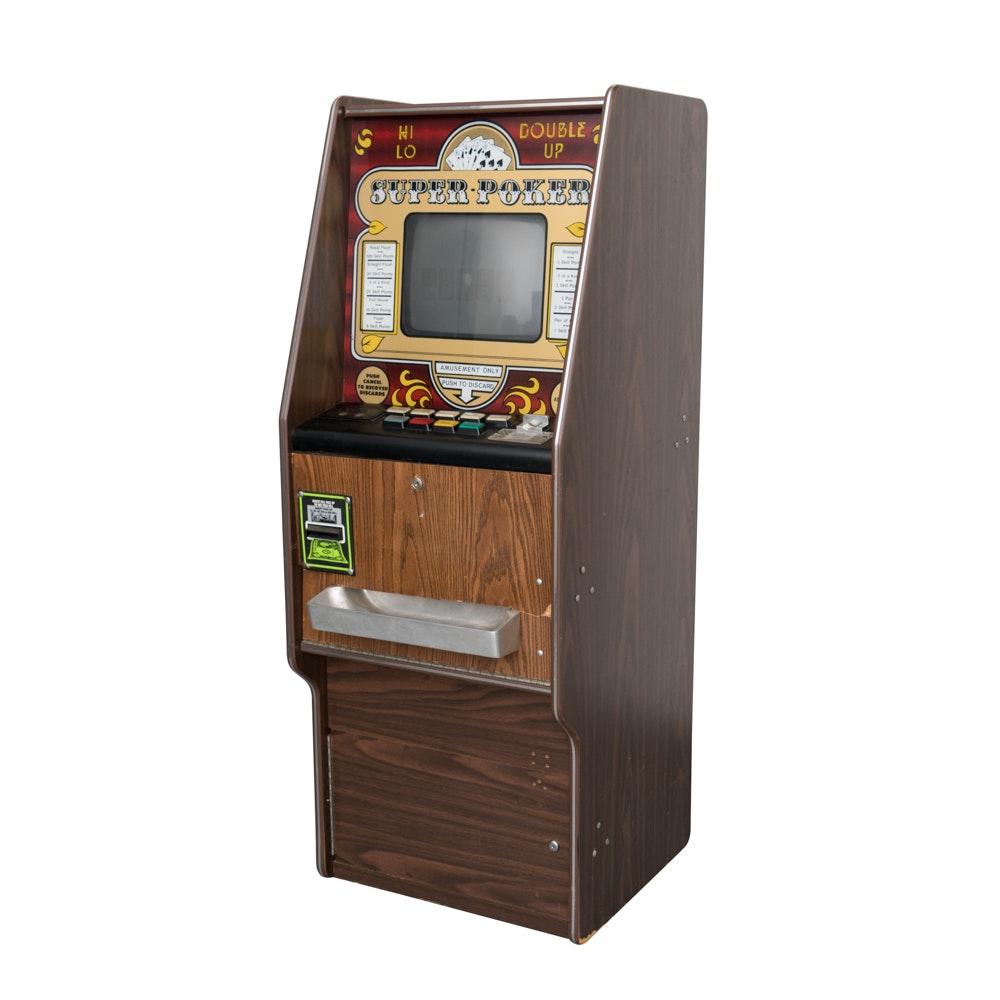 """Hi-Lo Double Up"" Video Poker Machine"