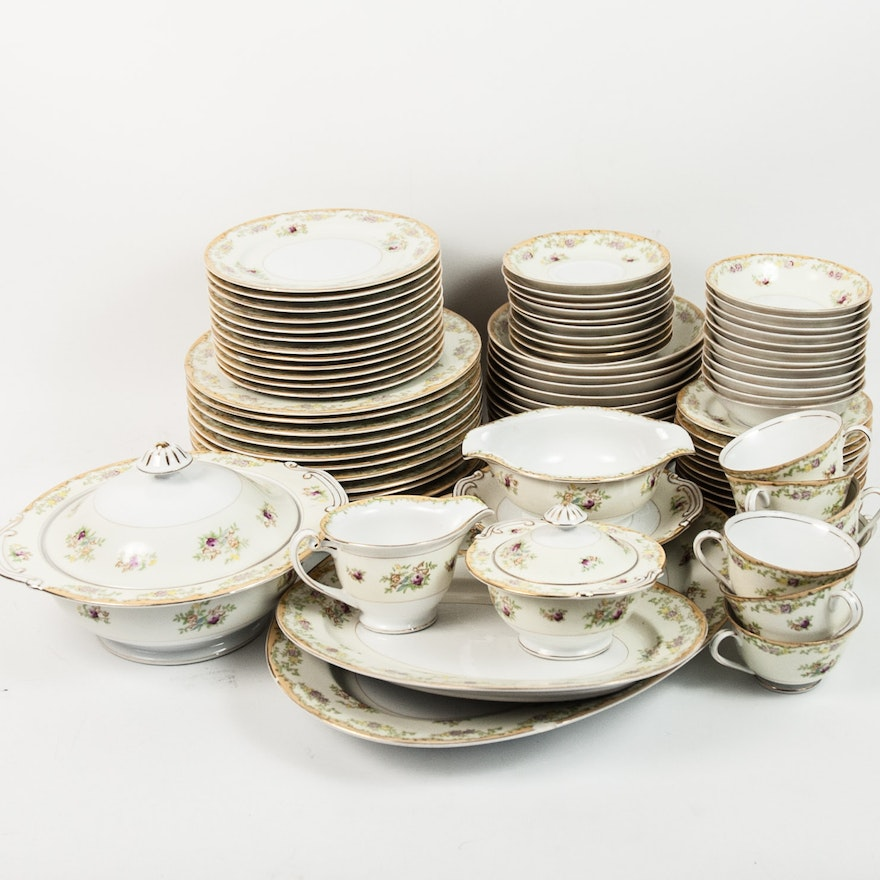 Kongo-China SDS Hand Painted Dinner Service