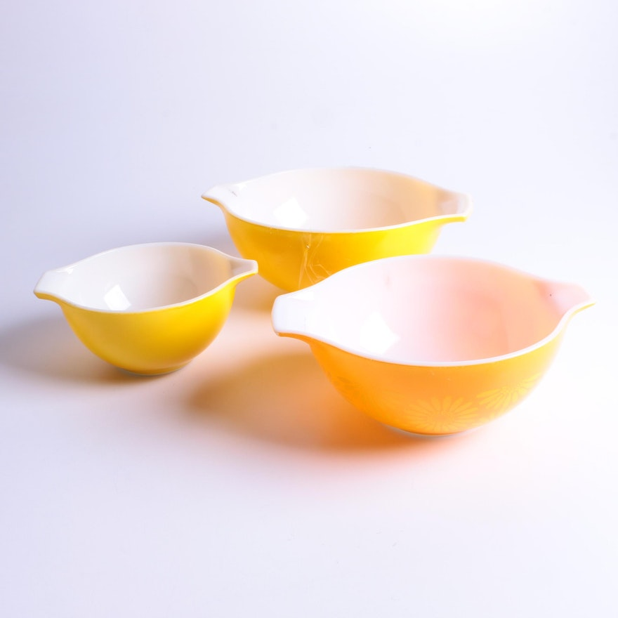 Vintage Pyrex Mixing Bowls, Including \