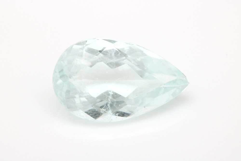 Loose 3.91 CT Aquamarine Gemstone