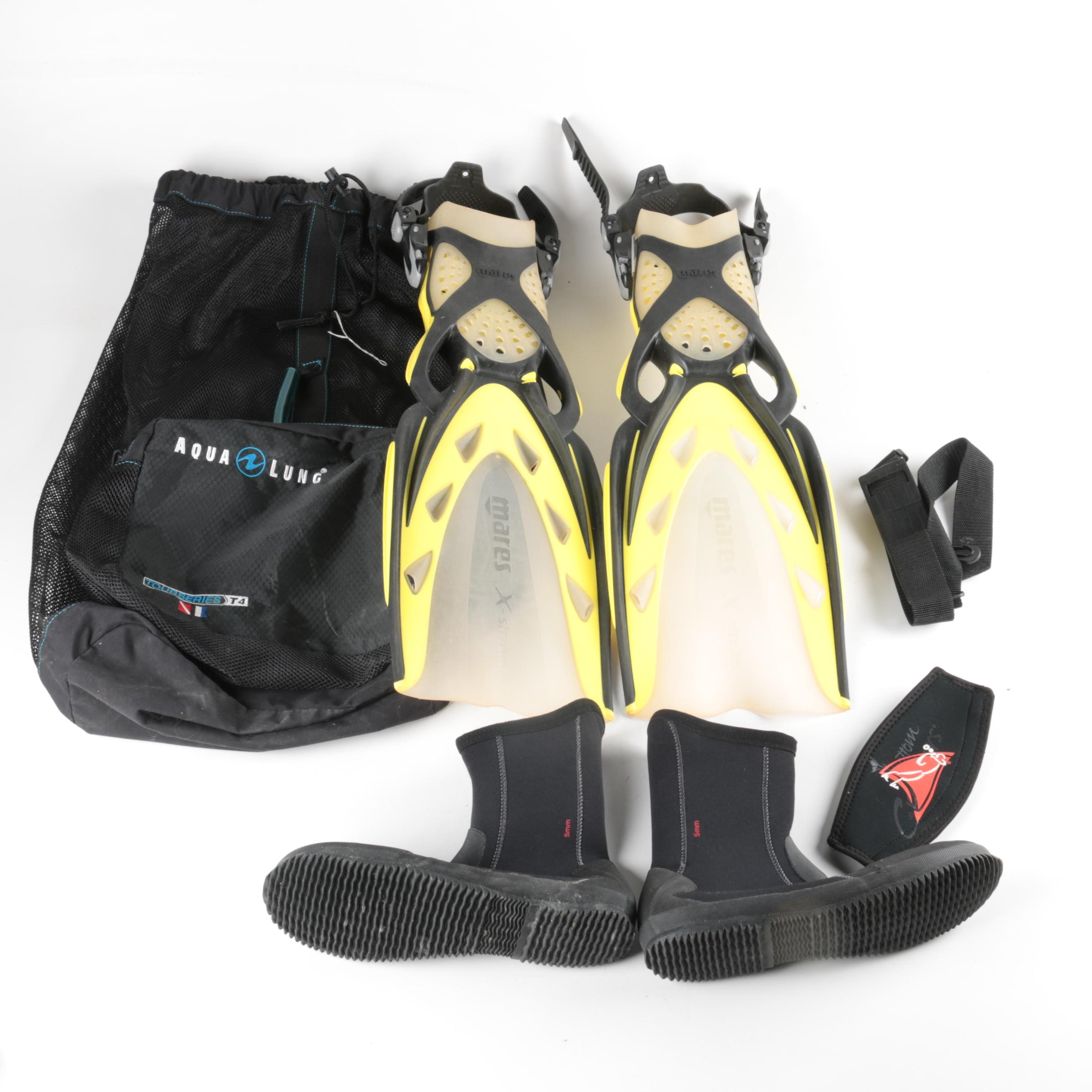 Mares Scuba Fins with Aqua Lung Dive Boots and Accessories