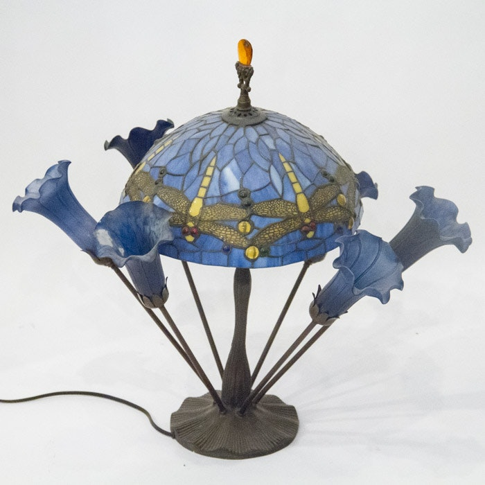 Tiffany Style Stained Glass Dragonfly and Lily Table Lamp