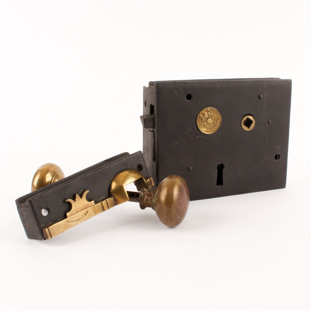Antique Carpenter No. 60 Lock by H. & T. Vaughan