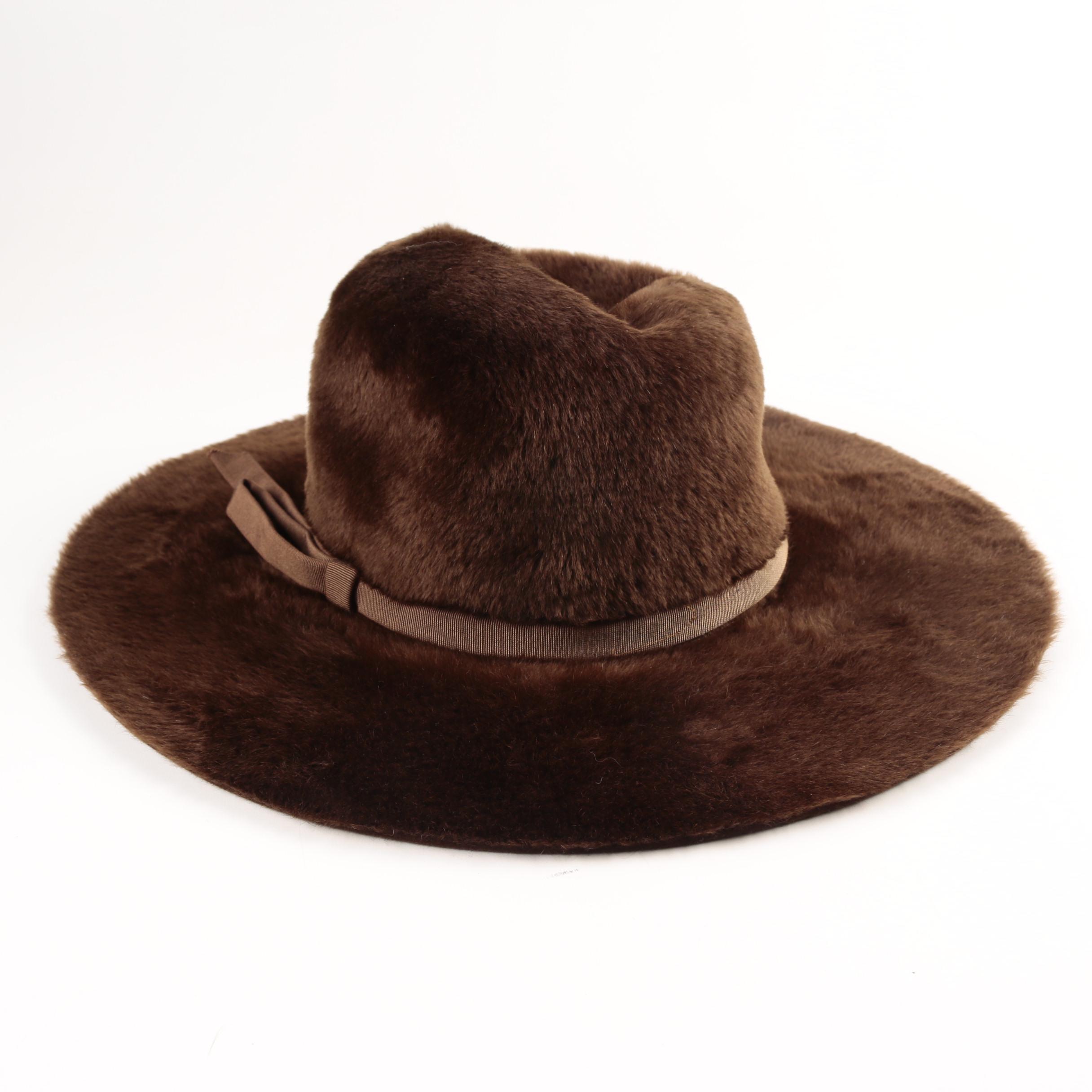 Circa 1960s Vintage Felted Beaver Fur Hat