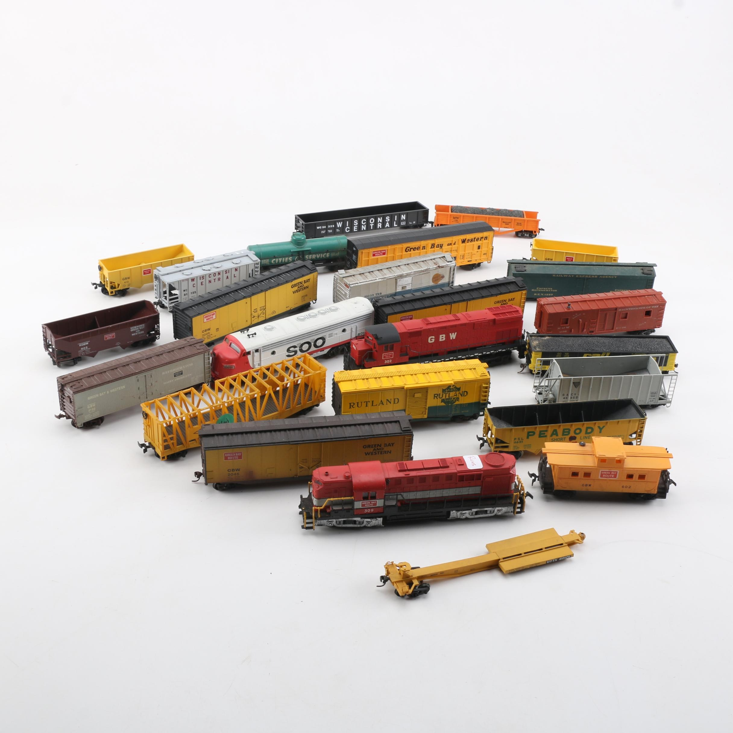 HO Scale Diesel Engines and Other Train Cars