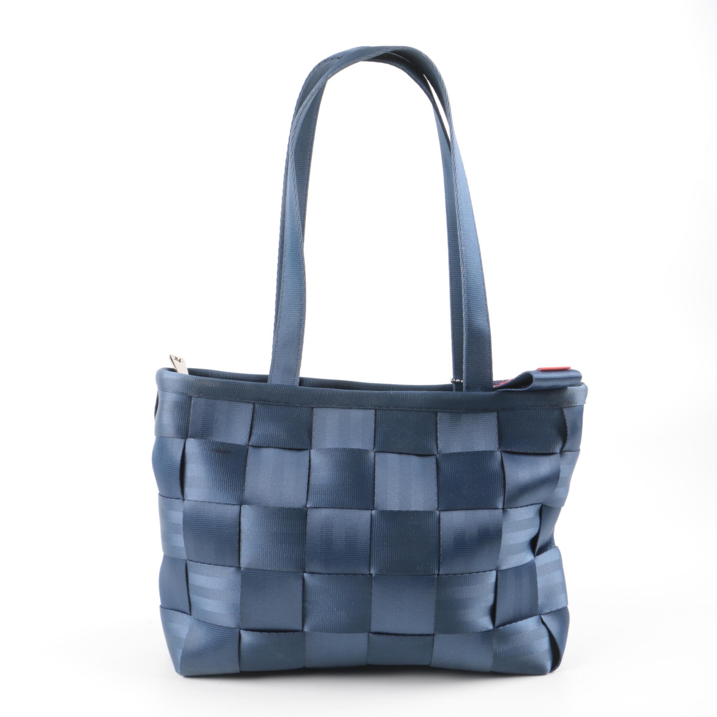 Harveys Blue Seatbelt Bag