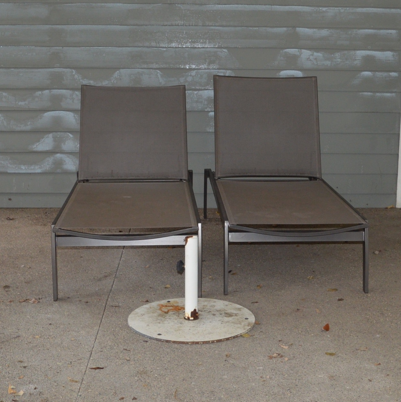 Frontgate Poolside Loungers and Umbrella Stand