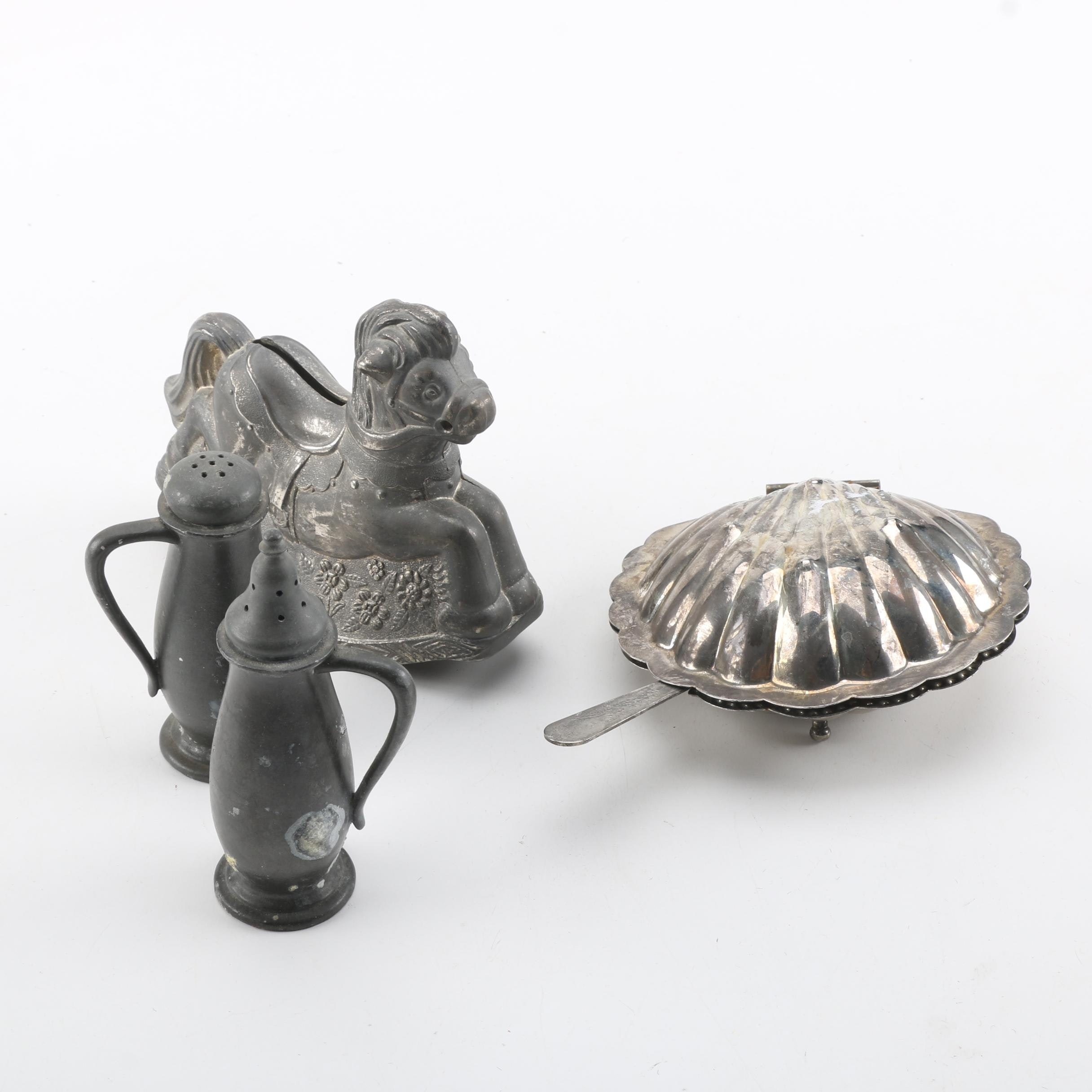 Metal Decorative Items