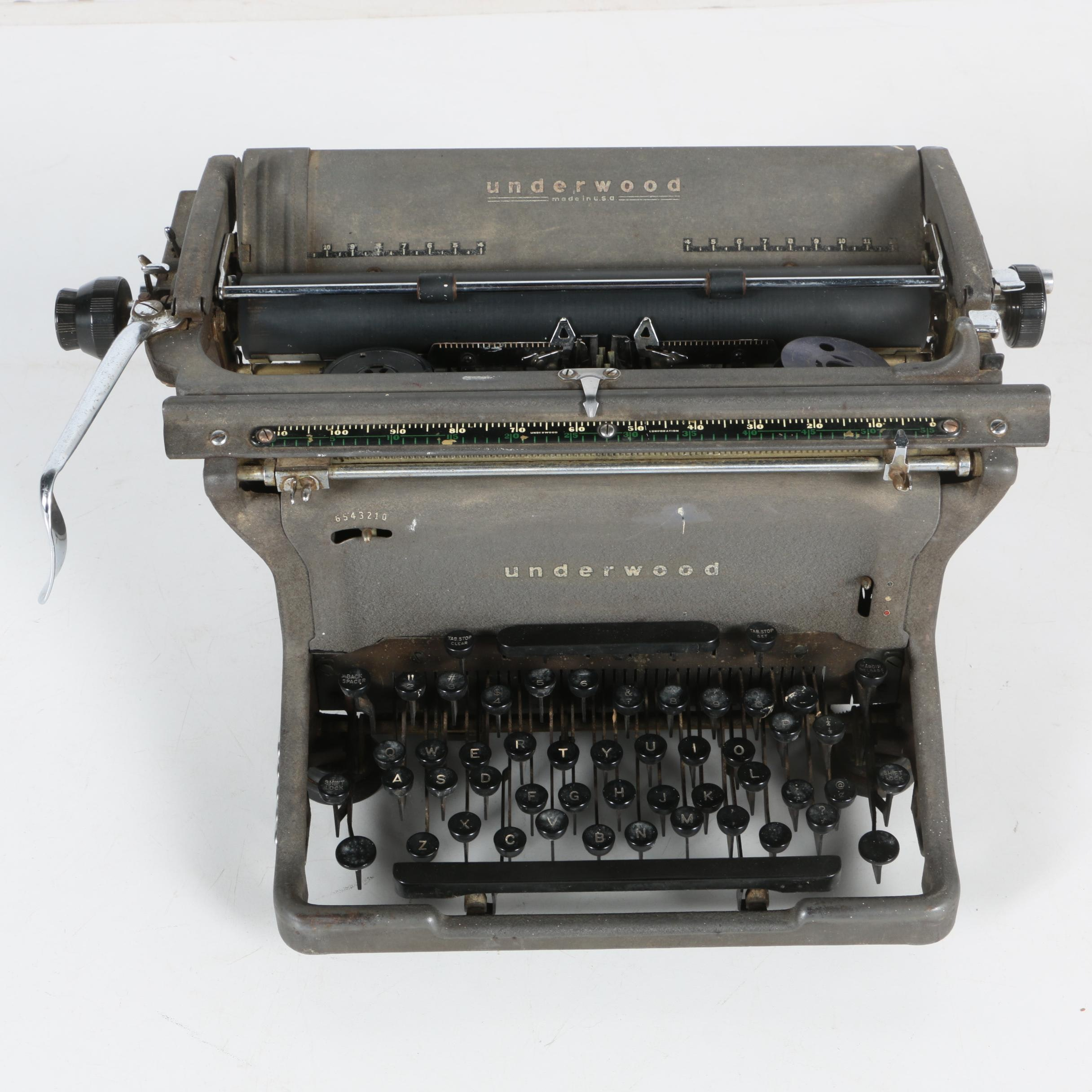 Vintage Underwood Manual Typewriter