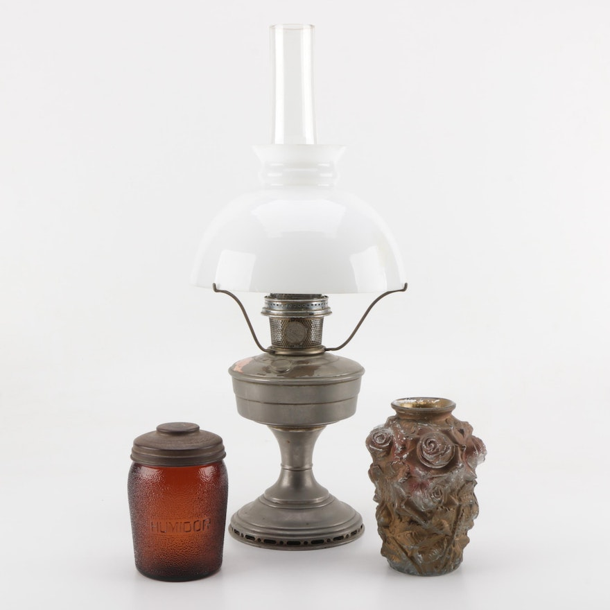 Aladdin Industries Model 12 Oil Lamp With Glass Vase And Humidor Ebth