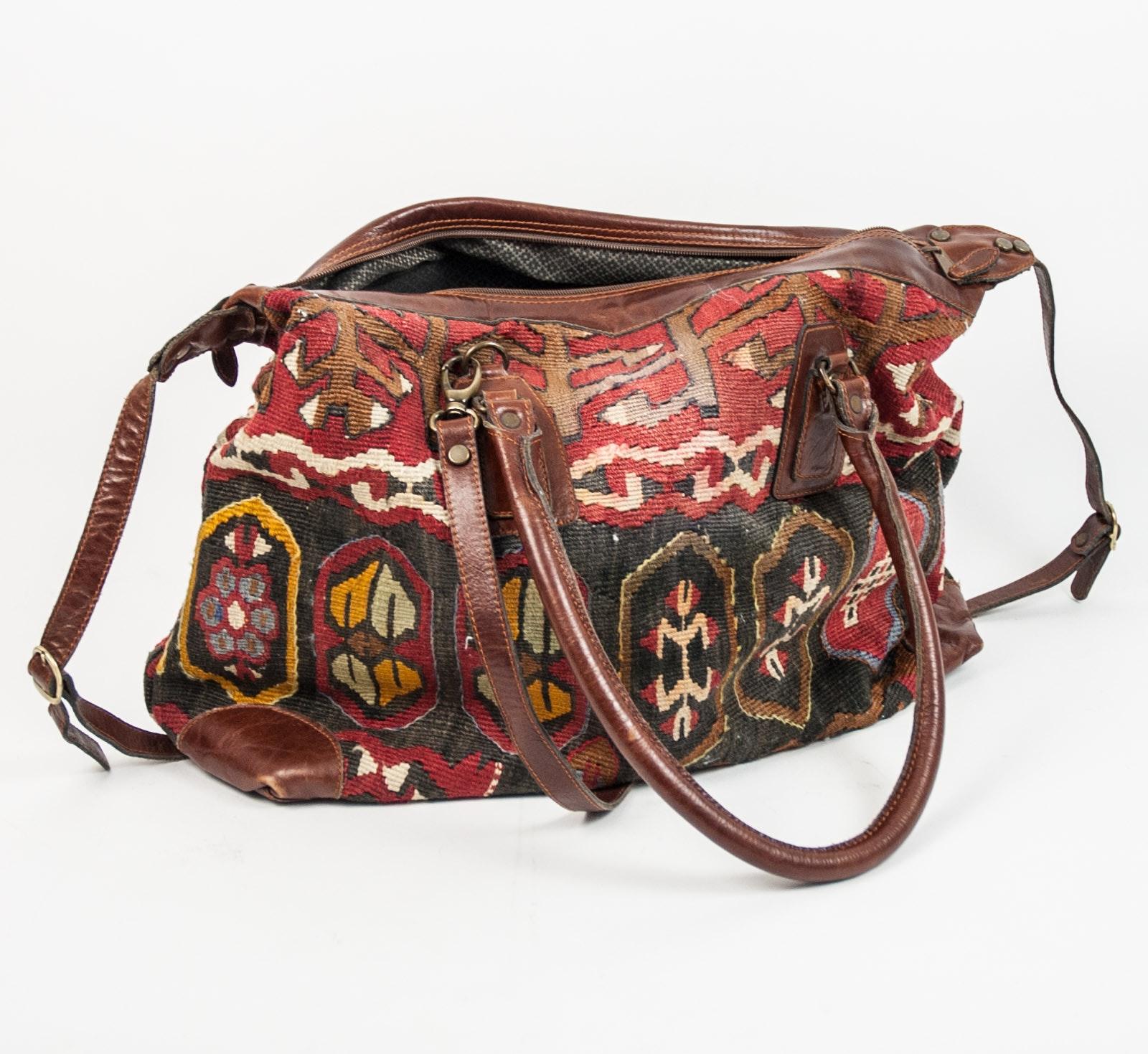 Yun Art Turkish Kilim Carpet Bag
