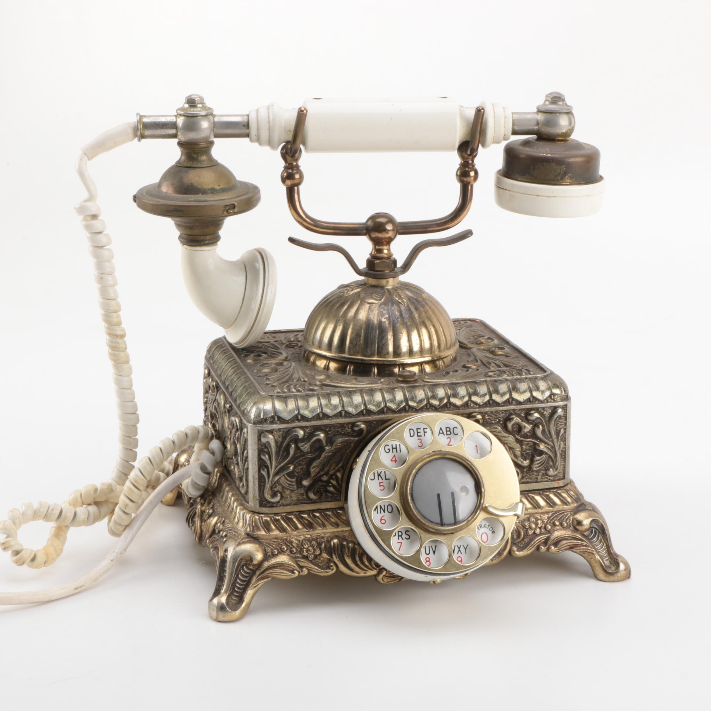 Vintage Bell System Rotary Telephone