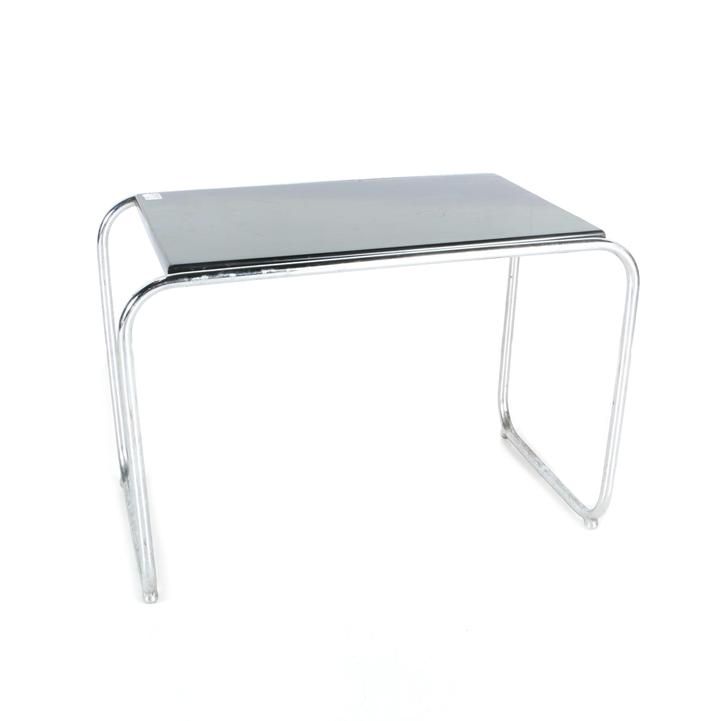 "Mid Century Modern Marcel Breuer ""Laccio"" End Table"