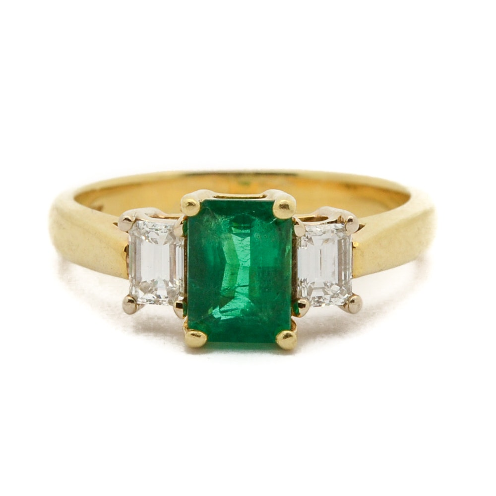 18K Yellow Gold 0.94 CT Emerald and Diamond Ring