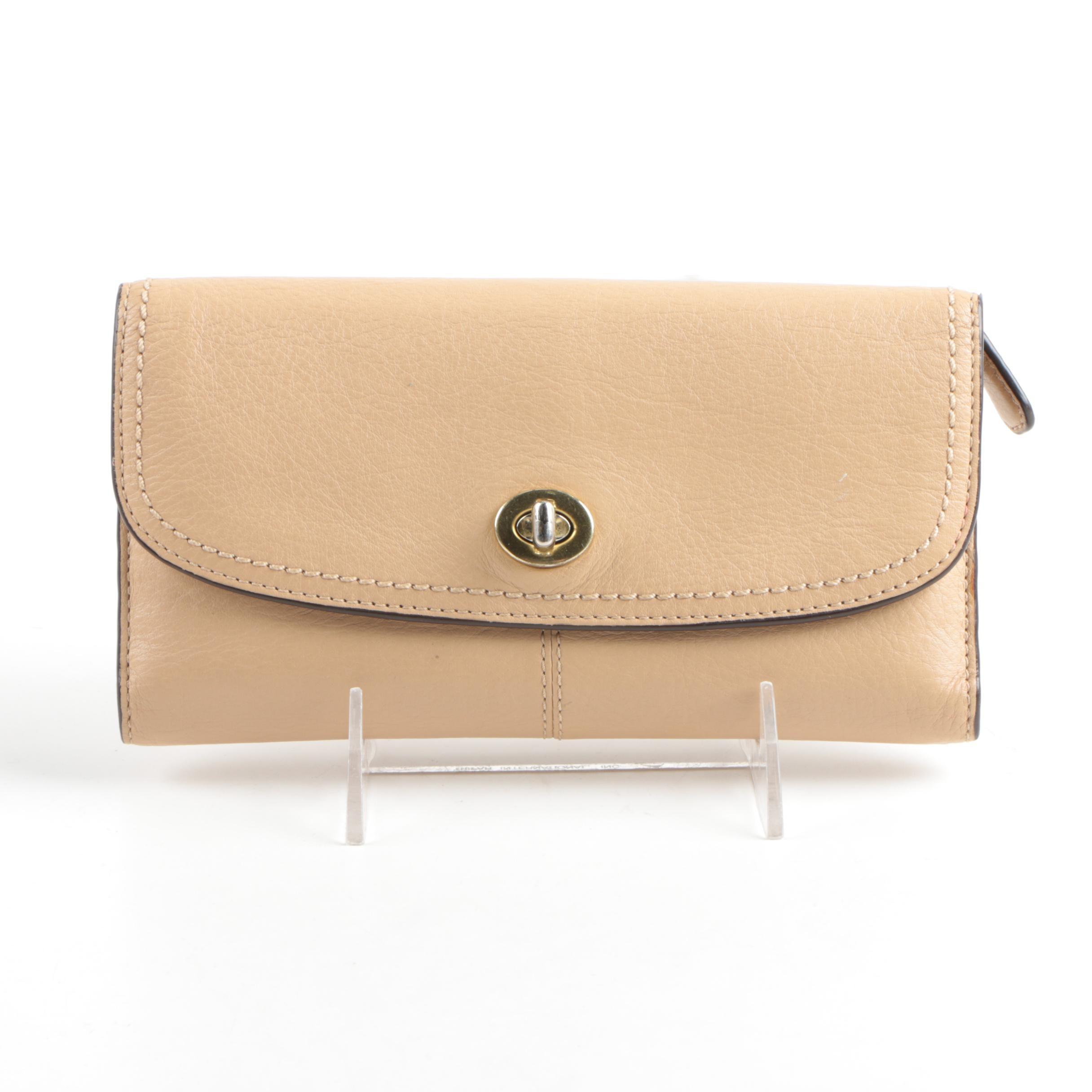 Coach Beige Leather Wallet