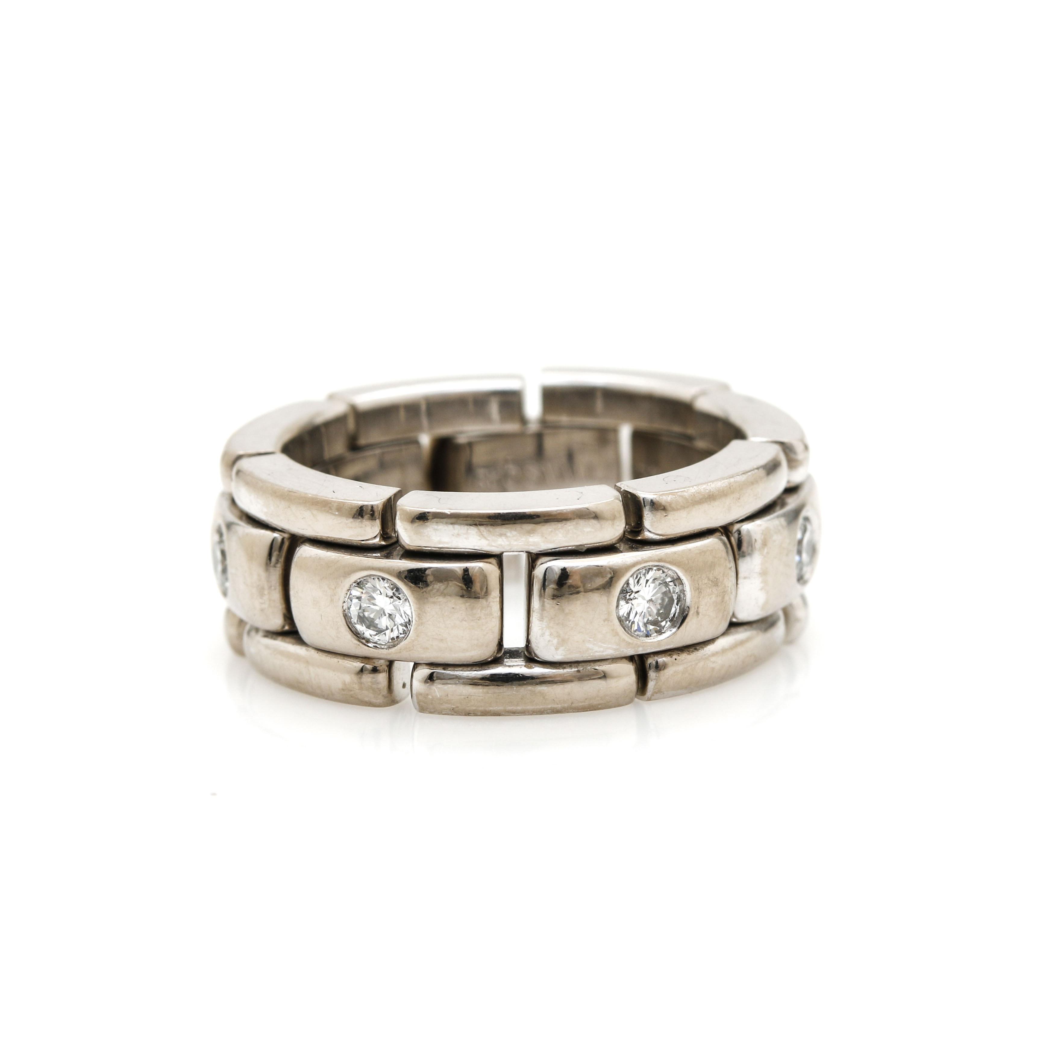 18K White Gold Diamond Link Ring