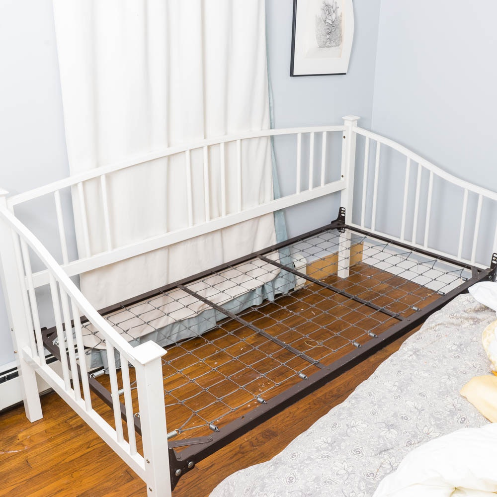 White Enameled Daybed