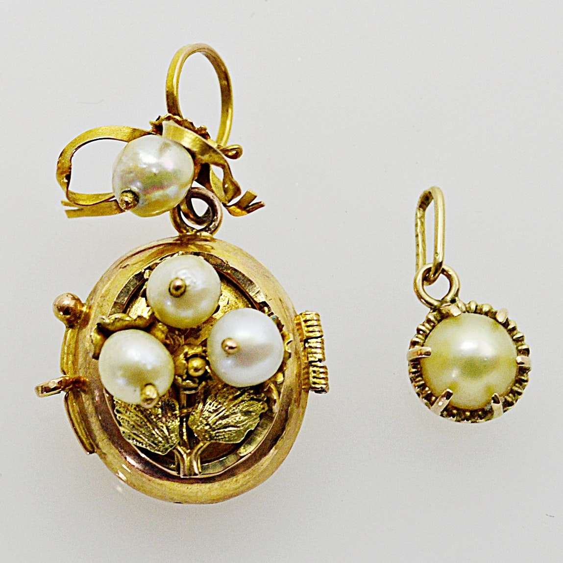 Antique 10K Yellow Gold and Pearl Locket and Pendant