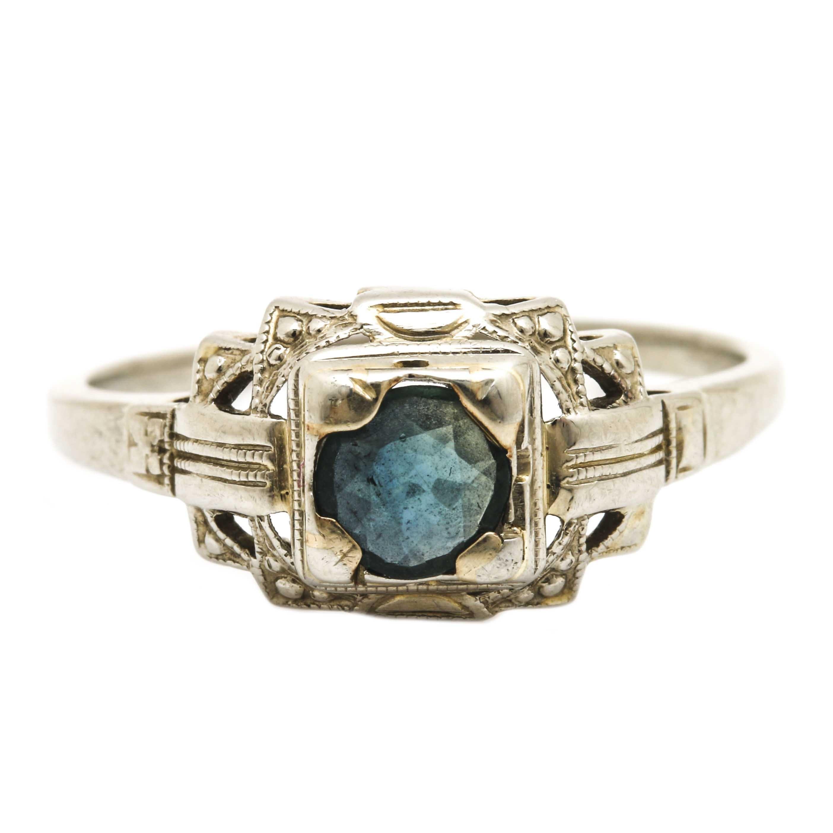 Art Nouveau 18K White Gold Sapphire Ring