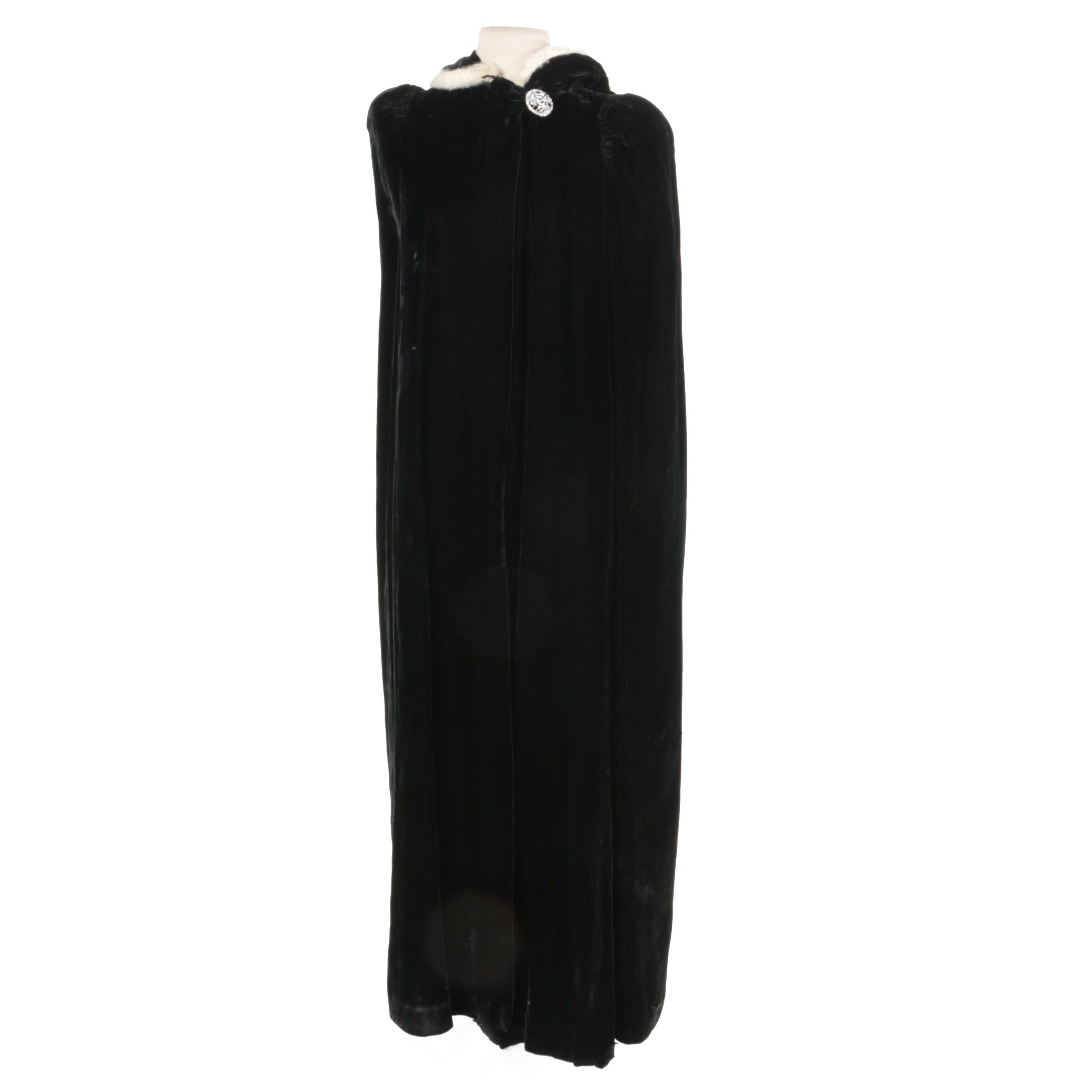 Women's 1950s Vintage Black Velvet Cloak with Rhinestone Closure