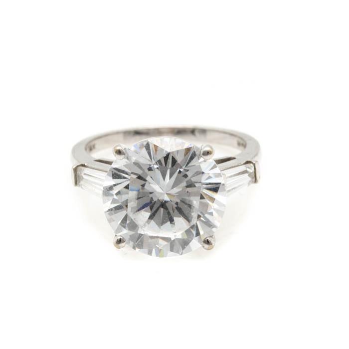 14K White Gold Cubic Zirconia Ring