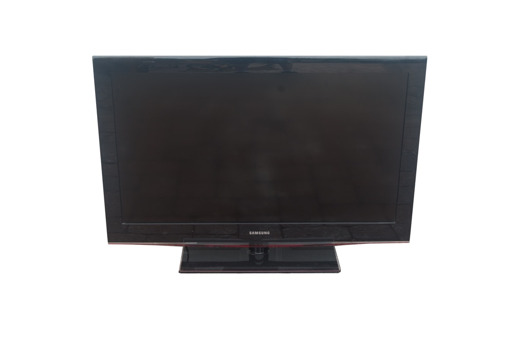 "Samsung 40"" LCD TV"