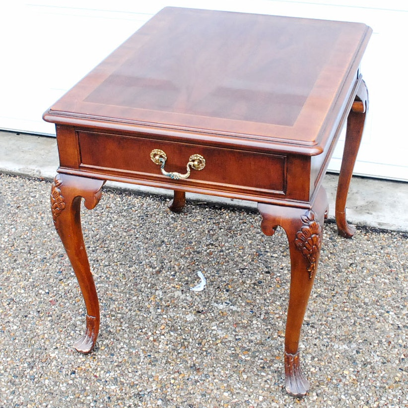 Vintage Queen Anne Style Side Table By Drexel ...