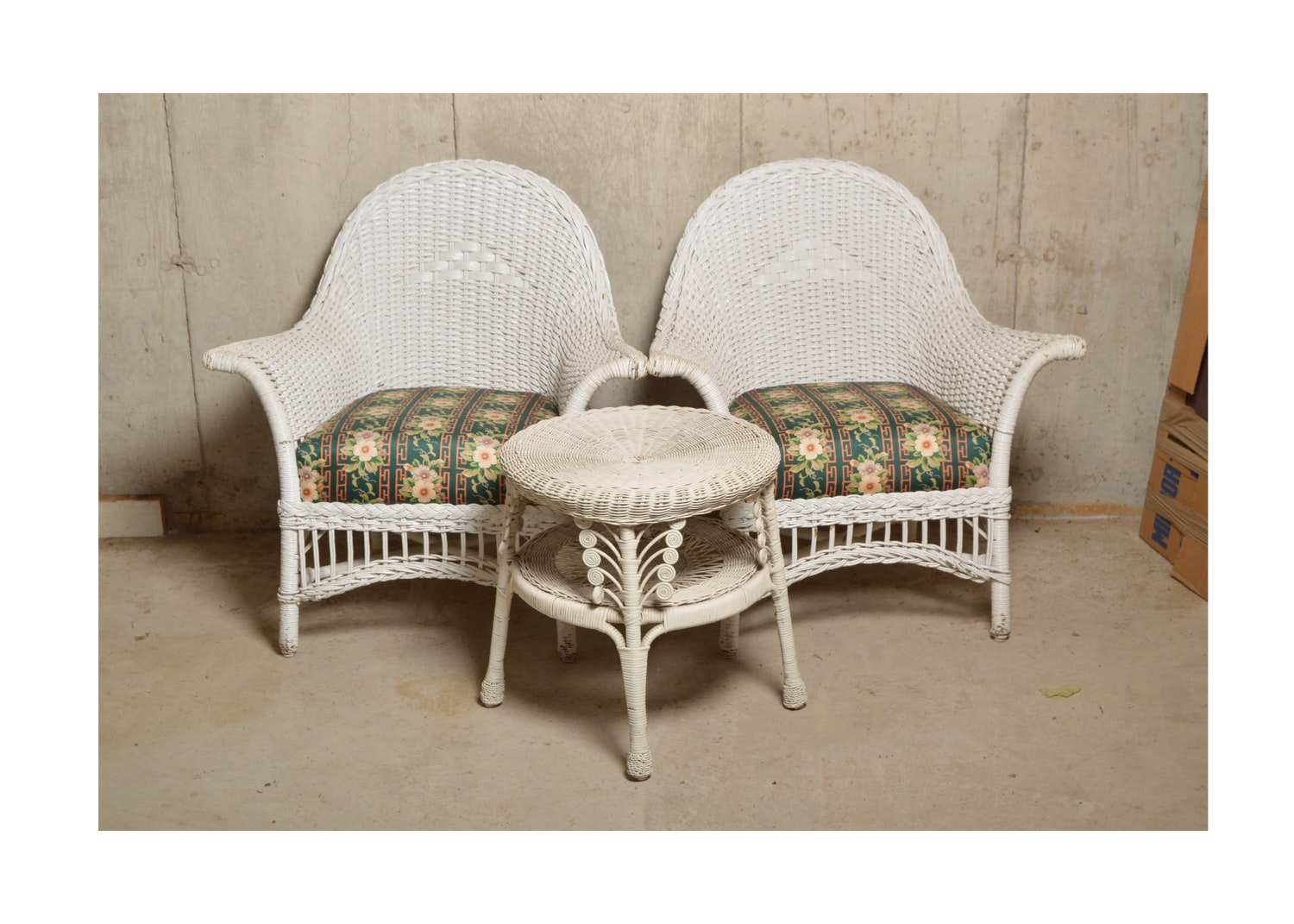 Pair Of Vintage Wicker Chairs With Table ...