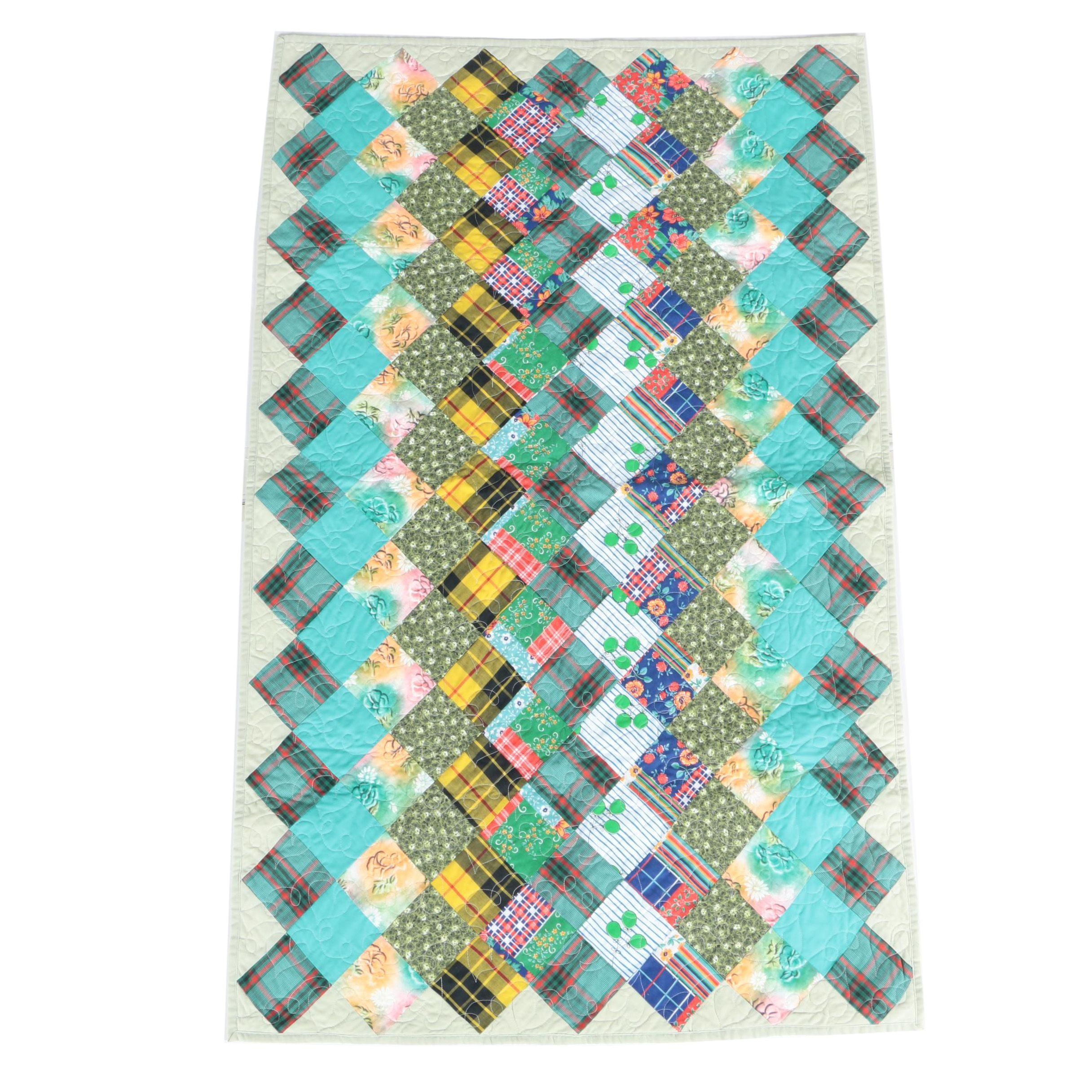 """Diamond"" Pattern Quilt"
