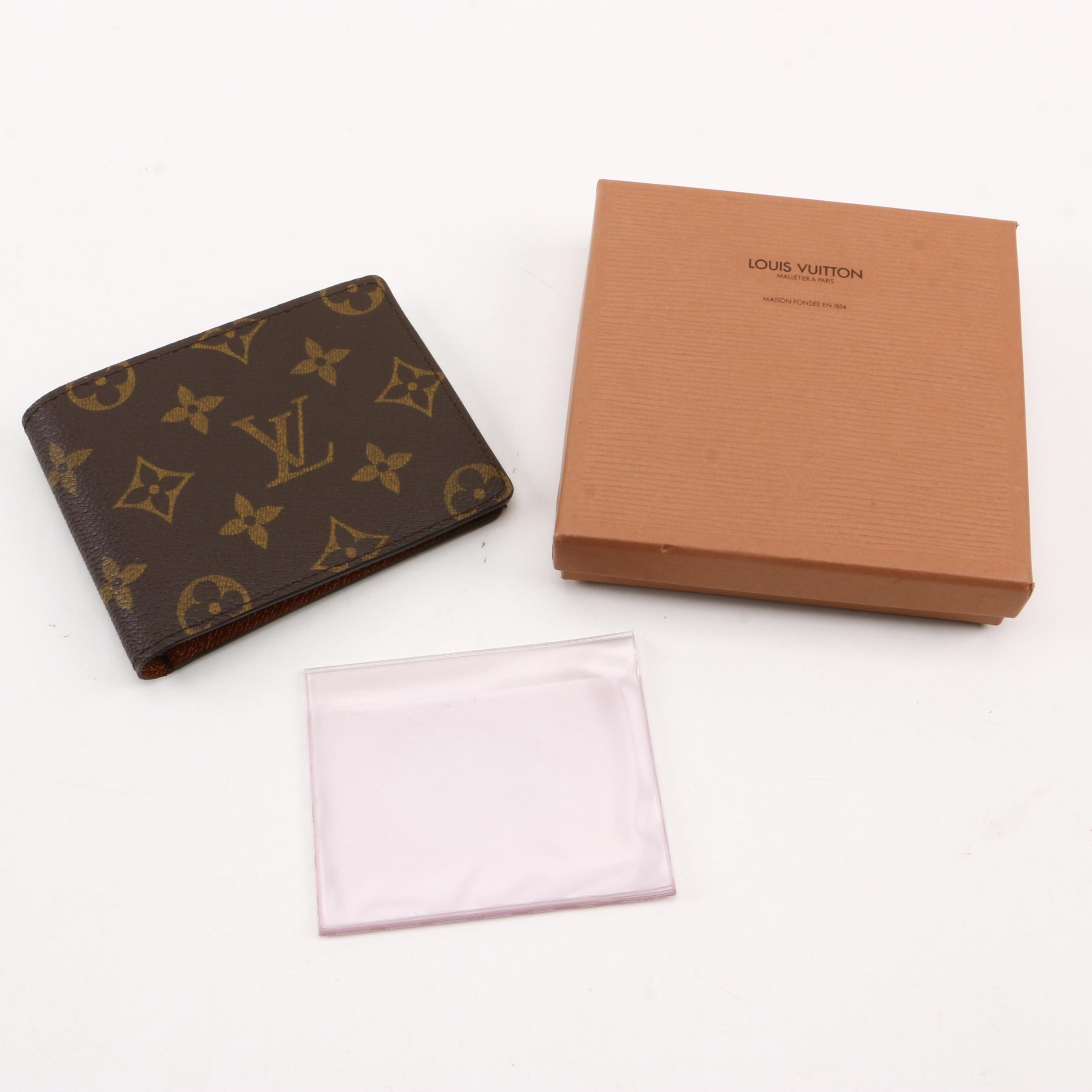 Louis Vuitton Multiple Wallet in Monogram Leather