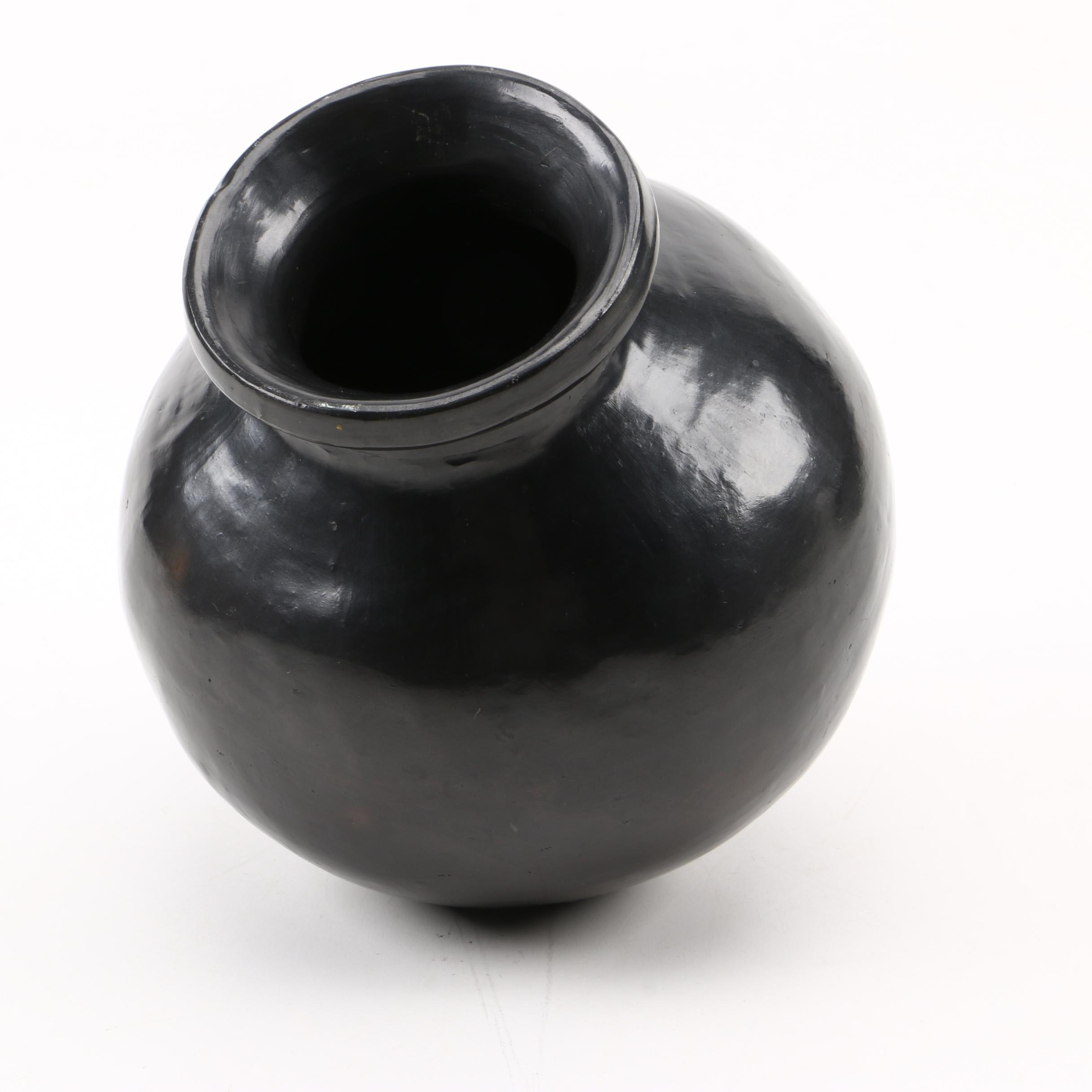 Handbuilt and Burnished Oaxaca-Style Vase