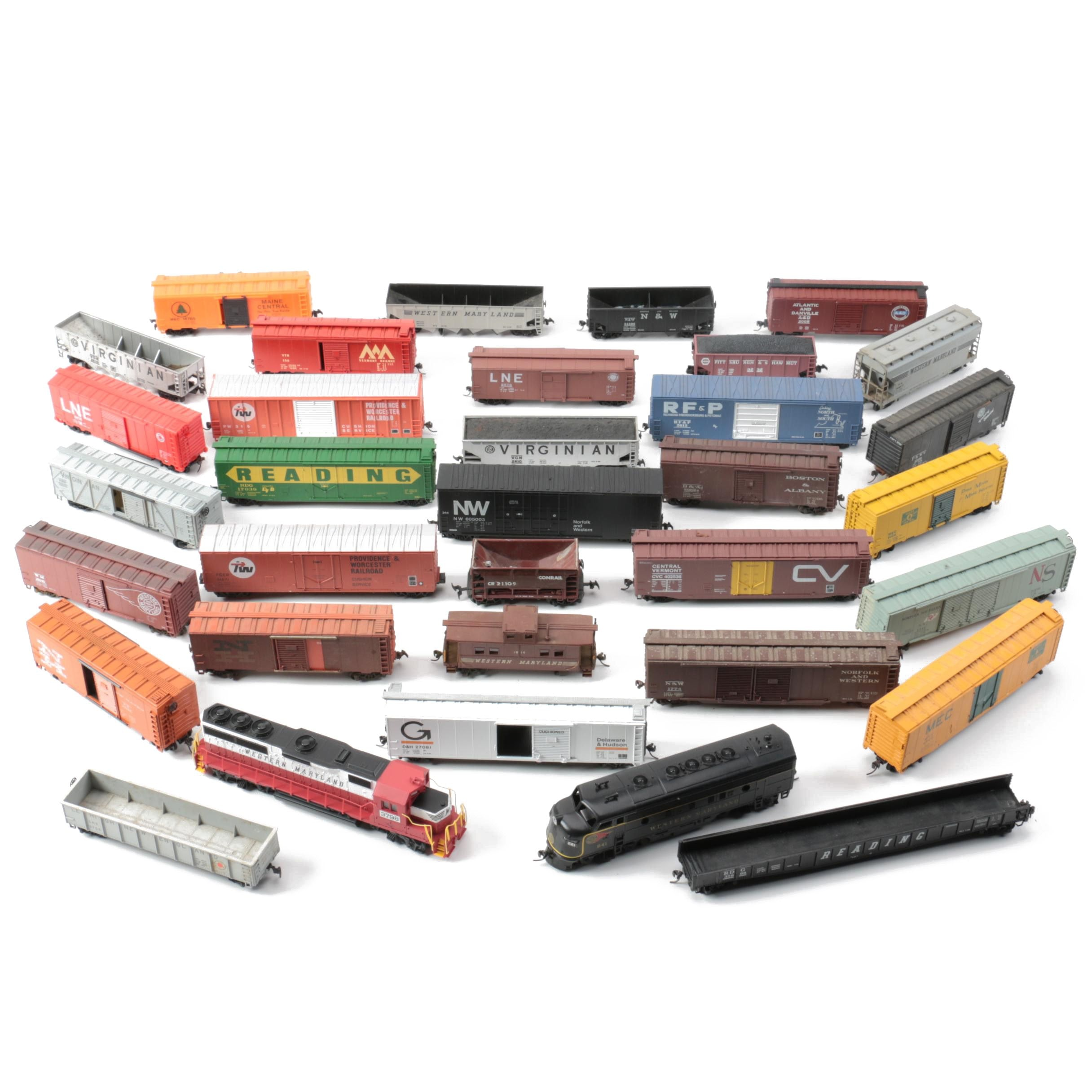 HO Scale Train Cars Including Western Maryland Diesel Engines