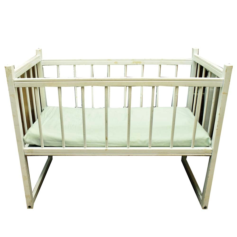 Antique Shaker Style Painted Crib